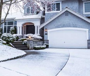 How to Keep Garage Doors Moving during the Winter